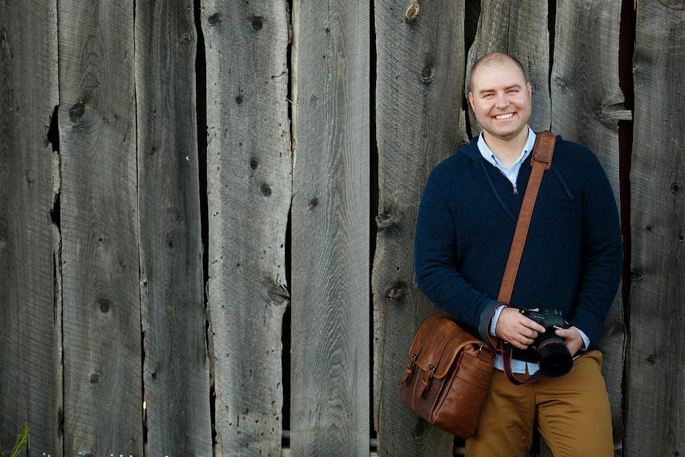 Contact - Ryan Towe | Des Moines, IA Portrait Photographer