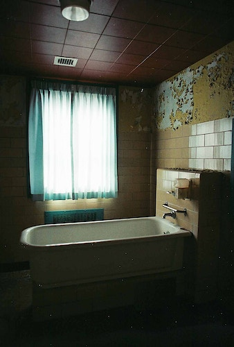 Abandoned Bath Tub - Andrew Hutchins