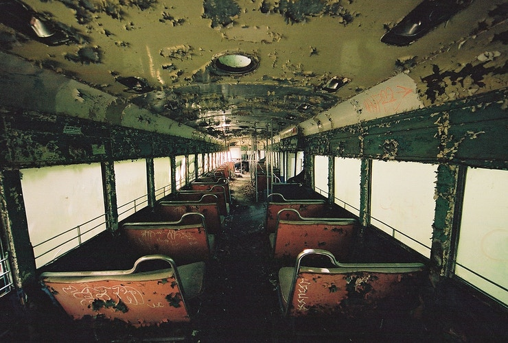 Super Wide Interior Train - Andrew Hutchins