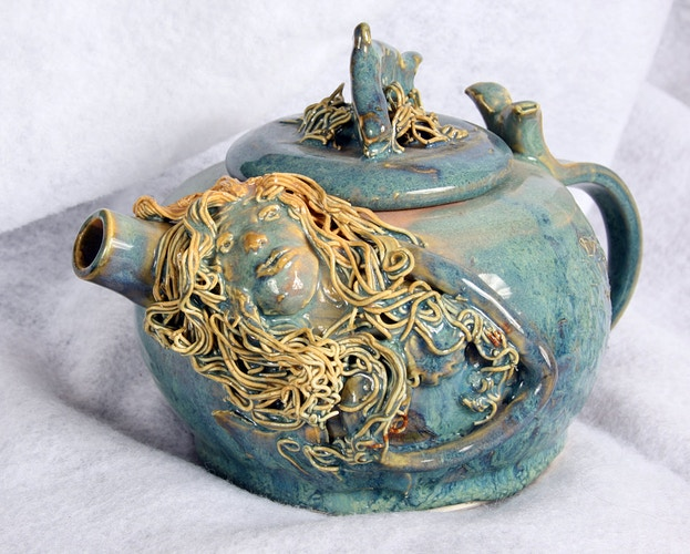 Mermaid Teapot - Alexis Dillon | PHOTOGRAPHER