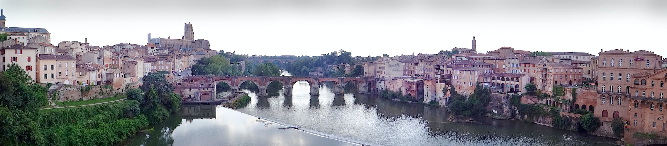 Albi Afternoon on the Tarn - Alexis Dillon | PHOTOGRAPHER