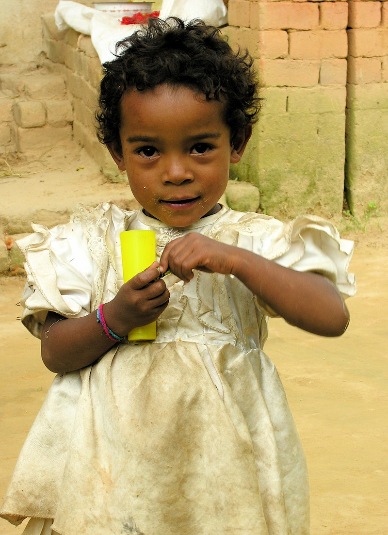 Regards Sur Lenfance Unicef 2009 - Aline Deschamps