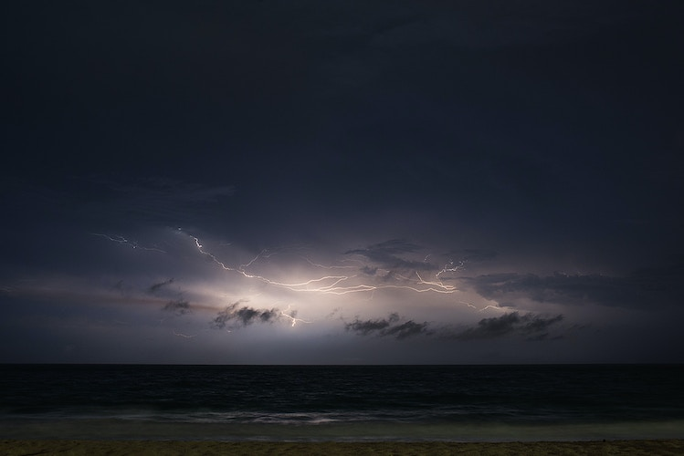 Offshore Lightning, Fort Lauderdale April 2016 - ANDREW LITSCH, photographer