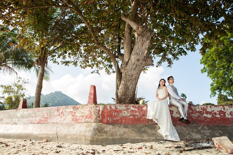 Honeymoon Engagement - Koh Samui Photographer - Award Winning - Wedding - Couple - Honeymoon - Family