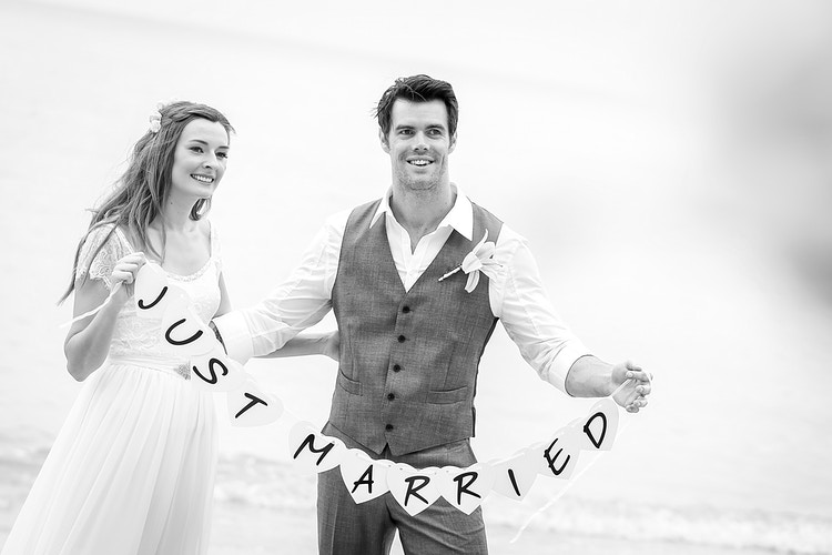 Laura And Matthew - Koh Samui Photographer - Award Winning - Wedding - Couple - Honeymoon - Family