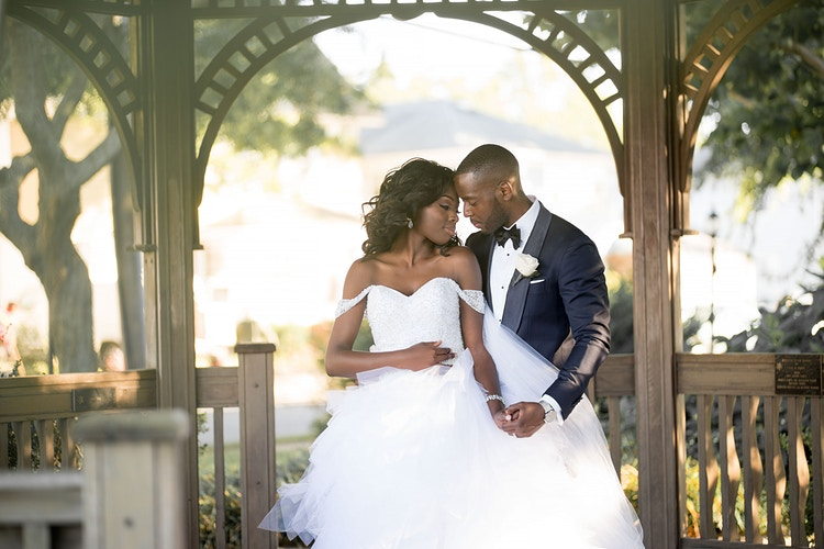 Ayo And Timi - ARISTA                                                         IMAGERY