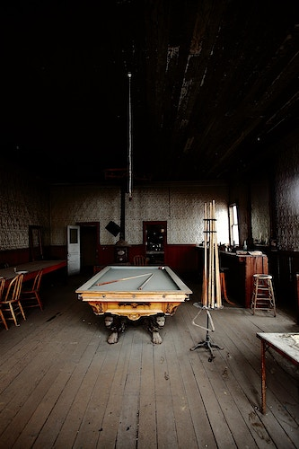 Pool Hall From The Past - around the bend photos photography by Sheldon Ballard