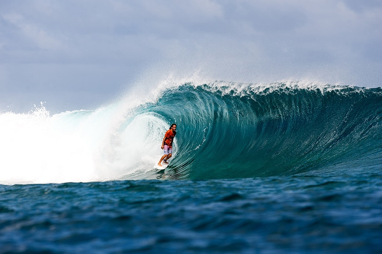 Daniel Jones, Tonga - BILLY WATTS PHOTOGRAPHY