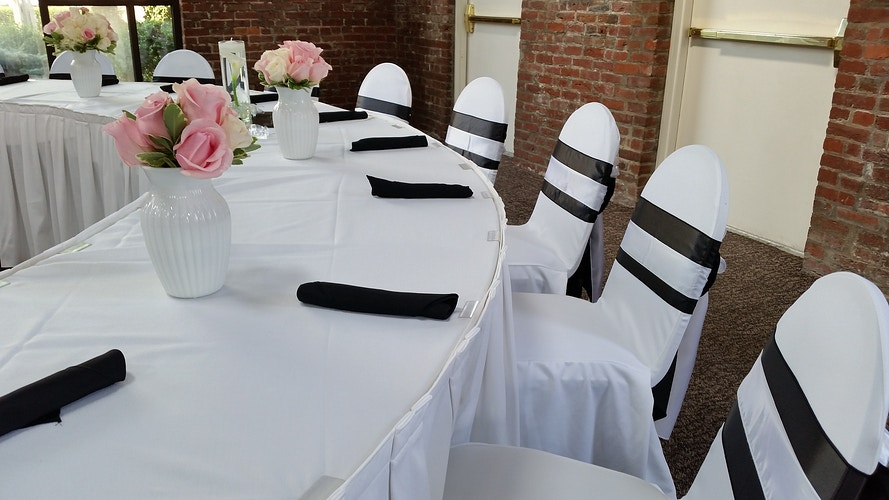 Portfolio - Chair Flair Linens