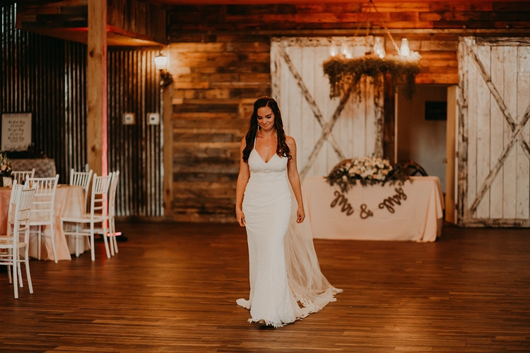 Hubing Wedding Naples Wedding Barn - Christiane Elise Photography