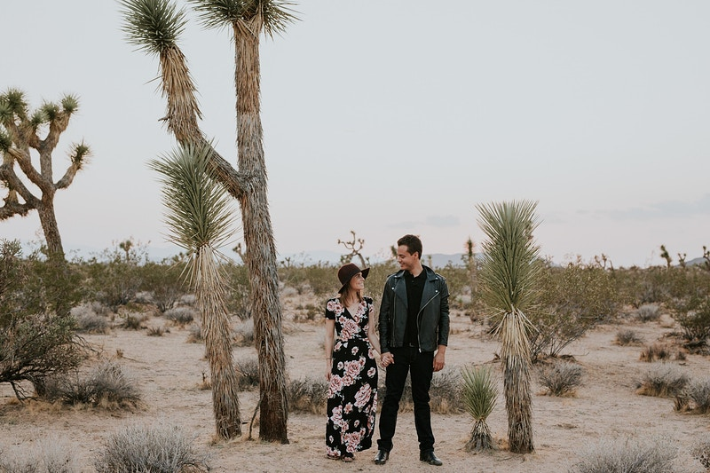 A Lifestyle And Desert Engagement In Joshua Tree - Christy Kendall Photography