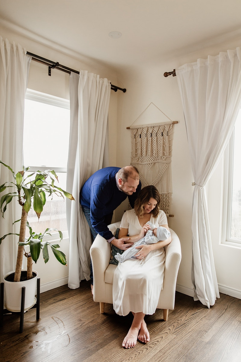 At Home Snuggles - Christy Kendall Photography