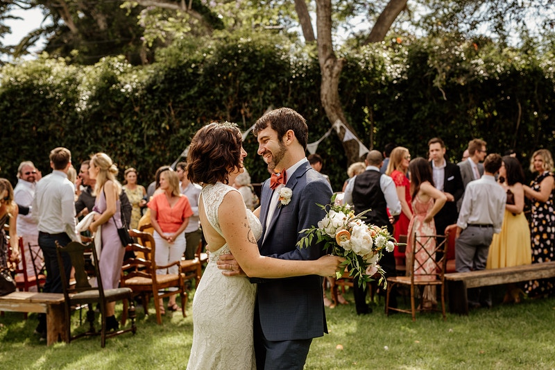 A Diy Summer Wedding At Babcock Vinter Estate House - Christy Kendall Photography