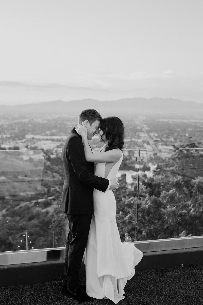 A Modern Estate Wedding In Beverly Hills - Christy Kendall Photography