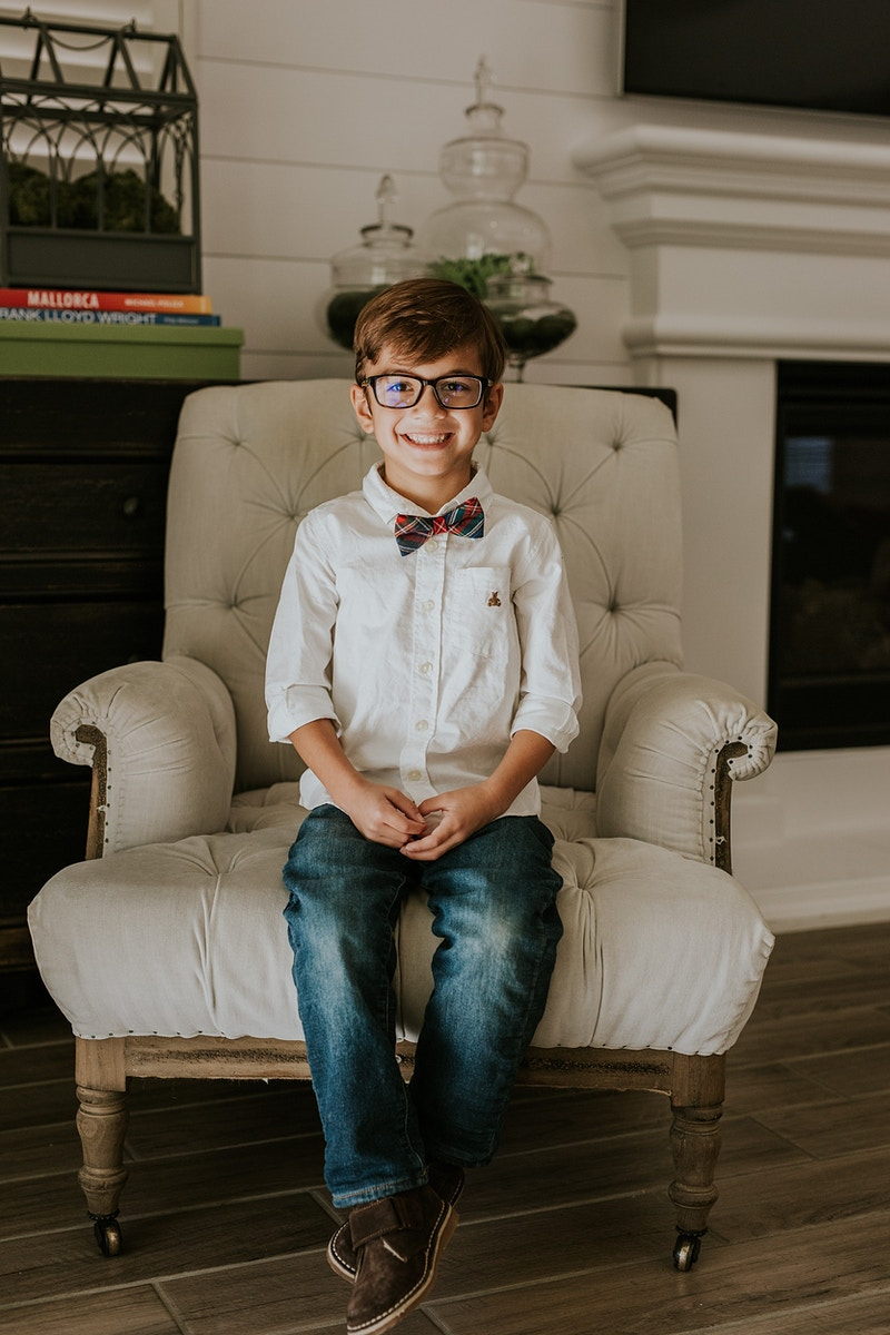 A Lifestyle Christmas Card Session - Christy Kendall Photography