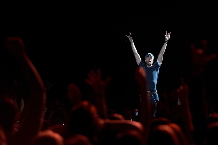 Enrique Iglesias - Cooper Neill | Dallas Freelance Photographer