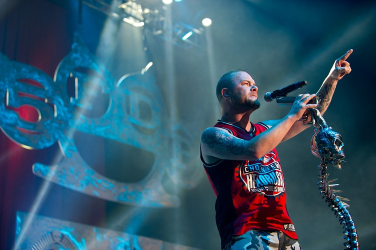 Five Finger Death Punch - Cooper Neill | Dallas Freelance Photographer