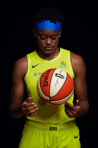Kaela Davis (Dallas Wings) - Cooper Neill | Dallas Freelance Photographer
