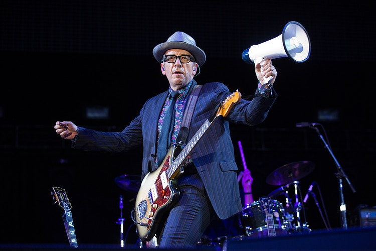 Elvis Costello - CRICKONTOUR