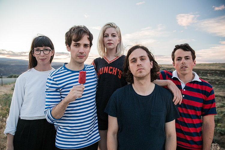 Alvvays - CRICKONTOUR