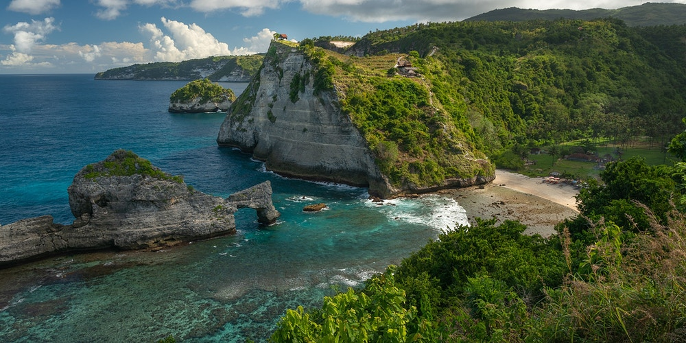 An overlook of Atuh Beach on Nusa Penida, Indonesia - Daniel John Photography