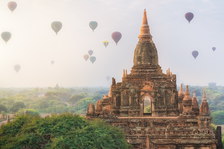 Hot air balloons and dozens of temples at dawn in Bagan, Myanmar - Daniel John Photography