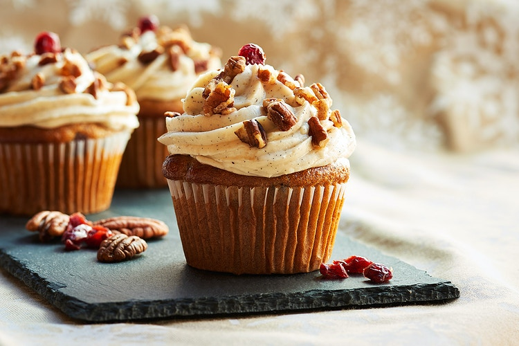 Cranberry Cupcakes - Deborah Fletcher | Chicago Food • Product • Still-Life Photographer