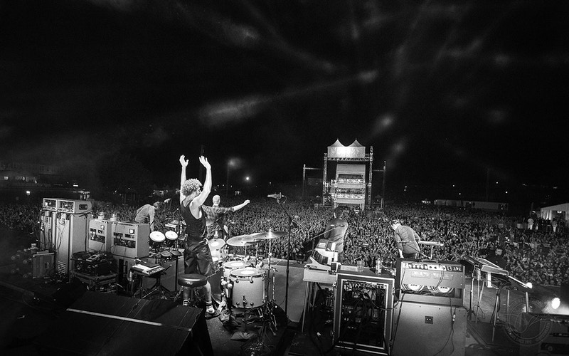 Queens Of The Stone Age - 2014 - Dustin Rabin Photography