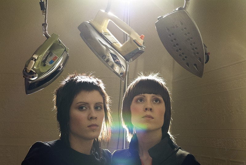 Tegan and Sara - 2004 - Dustin Rabin Photography