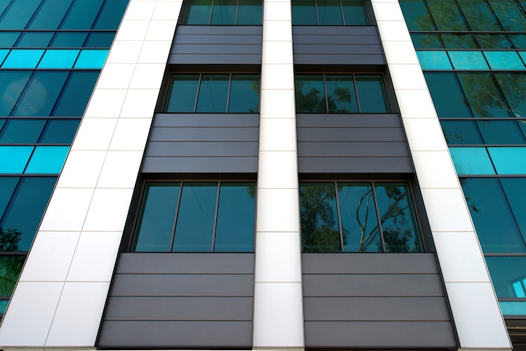 SPRING STREET OFFICE BUILDING – Long Beach, CA - Architectural Sheet Metal | Emerald Metal Products