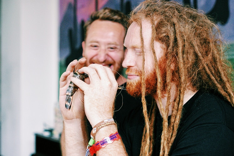 Newton Faulkner w/ Food Busker for Jamie Oliver's Food Channel - Emily Coxhead