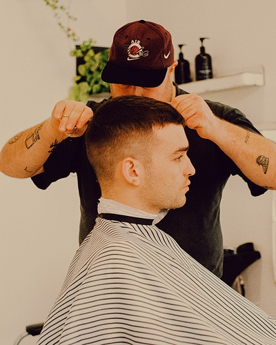 Blind Barber - Ethan Gulley | Los Angeles Photographer