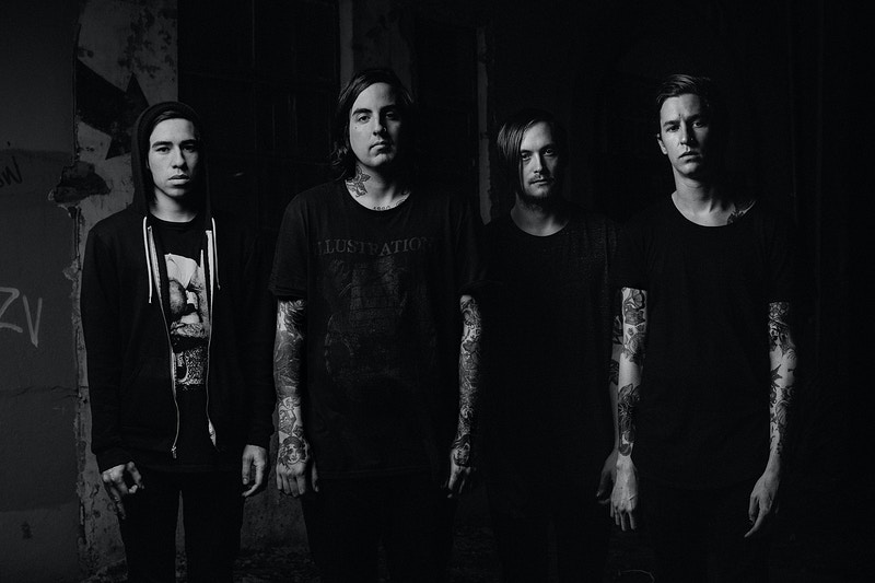 CAPSIZE - Evan Dell Photography