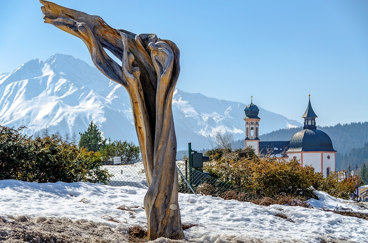 Sculpture in Tyrolean Alps - Elle Lens