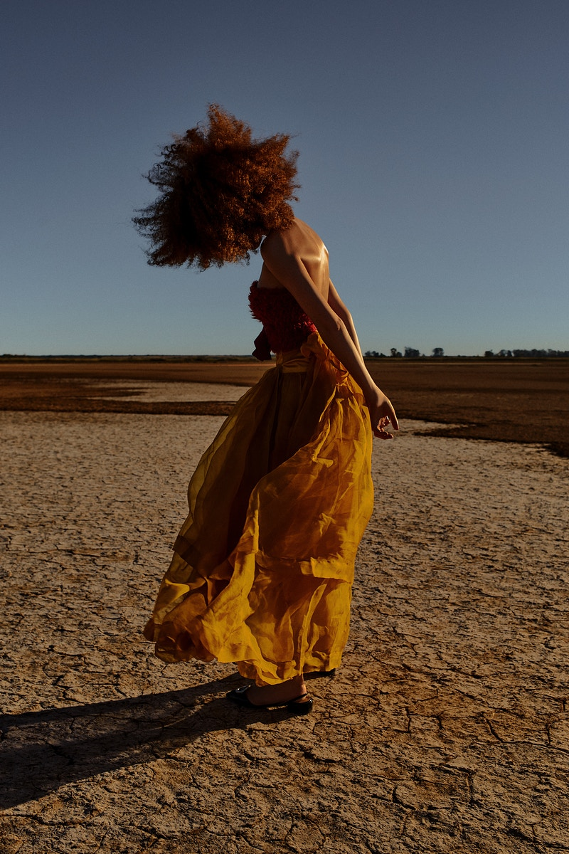 La Dame Aux Desert For Lofficiel 2 - Felix Bernason Photographer