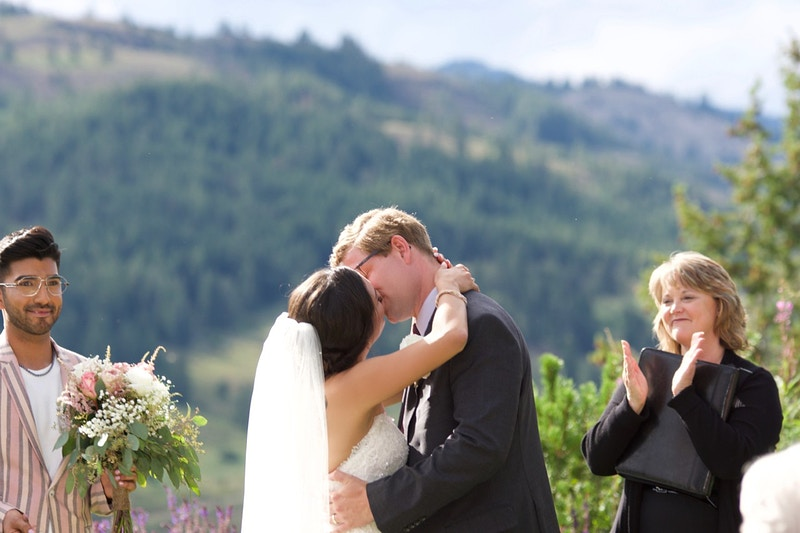 Ken Vanessa Are Married Sun Mountain Lodge - gail marion photography