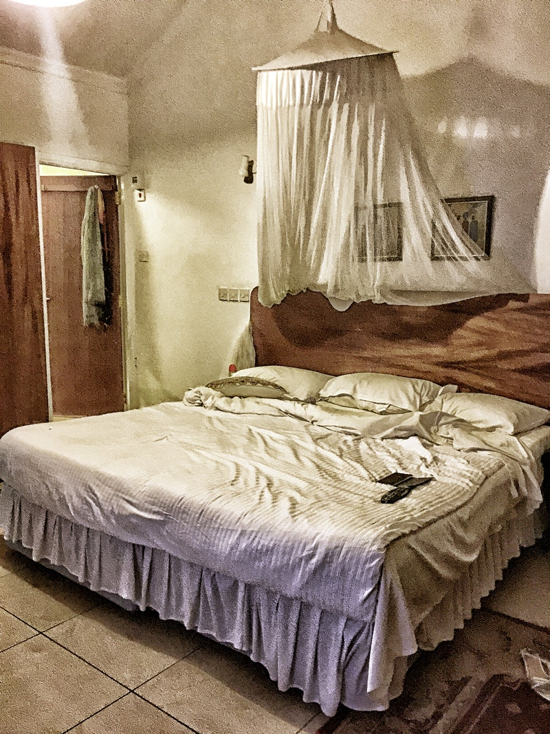 NAIROBI BEDROOM LAST EVENING - GRAHAM GUY BARRATT