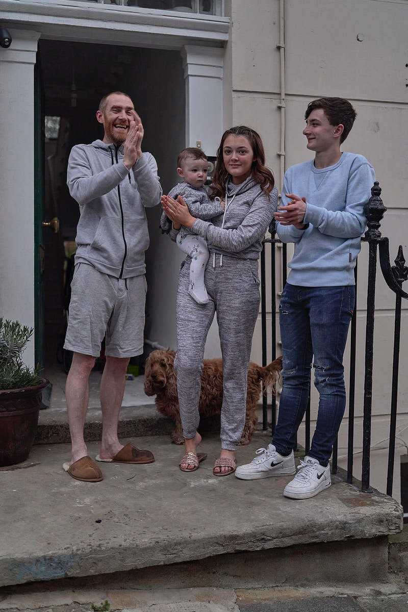 SCOTT, PHOEBE, LITTLE JACK & OLIVER. CLAPPING FOR HEROES ON THE STEP OF THEIR HOME GREAT PERCY STREET KINGS CROSS LONDON THURSDAY 16TH APRIL 20.01 DURING THE GREAT GLOBAL PANDEMIC OF 2020 - GRAHAM GUY BARRATT