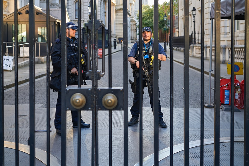SECURITY. DOWNING STREET LONDON WEDNESDAY 06TH MAY 19.19 DURING THE GREAT GLOBAL PANDEMIC OF 2020 - GRAHAM GUY BARRATT