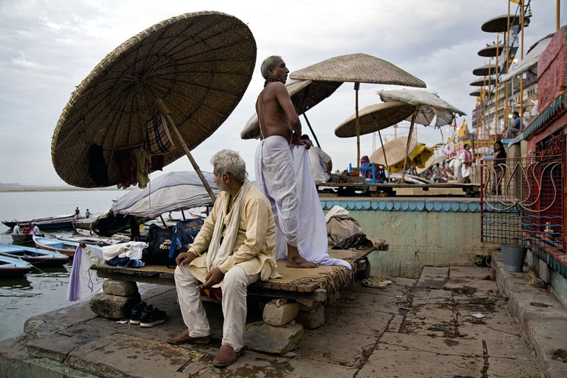 DAYBREAK DASAWAMEDH GHAT - GRAHAM GUY BARRATT