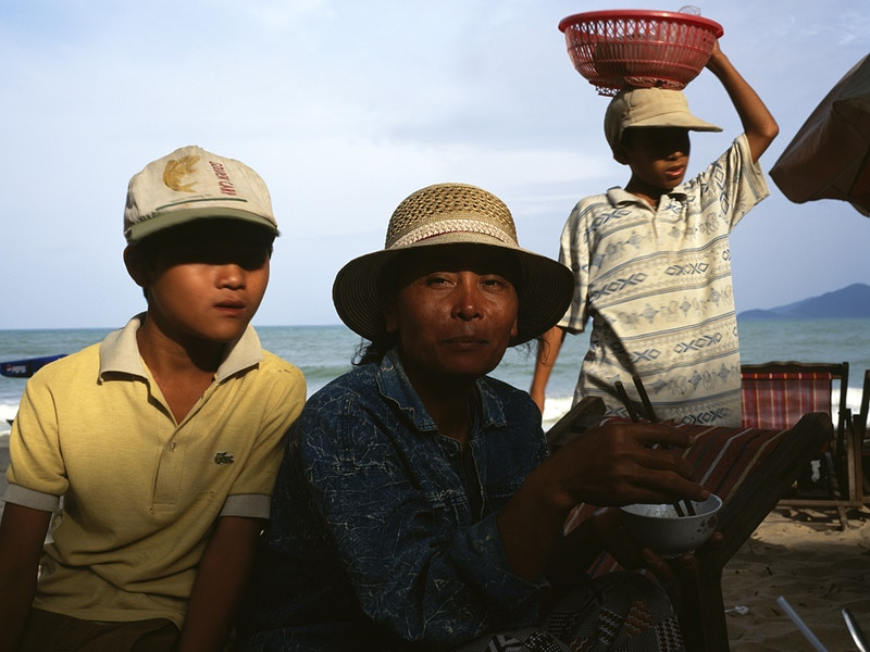 THE ENGLISH TEACHER – NHA TRANG CENTRAL VIETNAM 27TH DECEMBER 1998 - GRAHAM GUY BARRATT