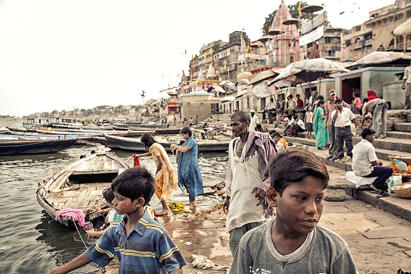 GANGES FAMILY PILGRIMAGE - GRAHAM GUY BARRATT