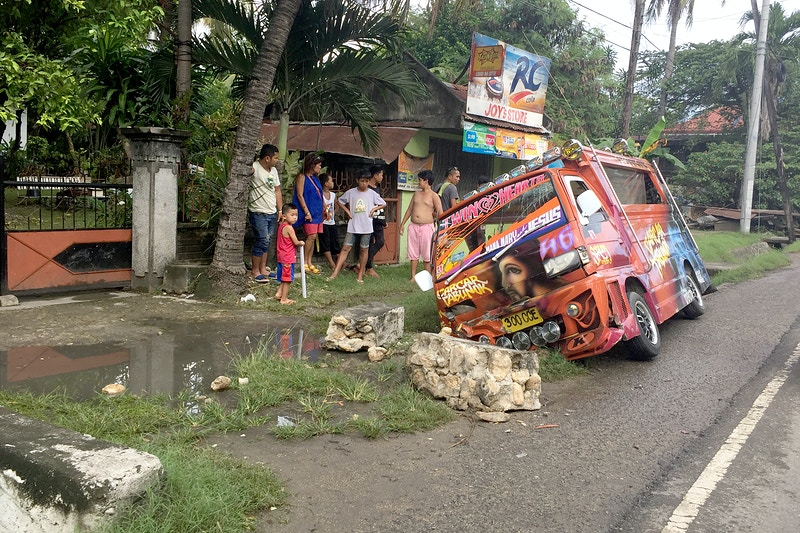JESUS IN A ROAD CRASH, NATALIO B. BACALSO S NATIONAL HIGHWAY, SOUTH OF CAR CAR CITY, CENTRAL VISAYAS, SOUTHER CEBU - GRAHAM GUY BARRATT