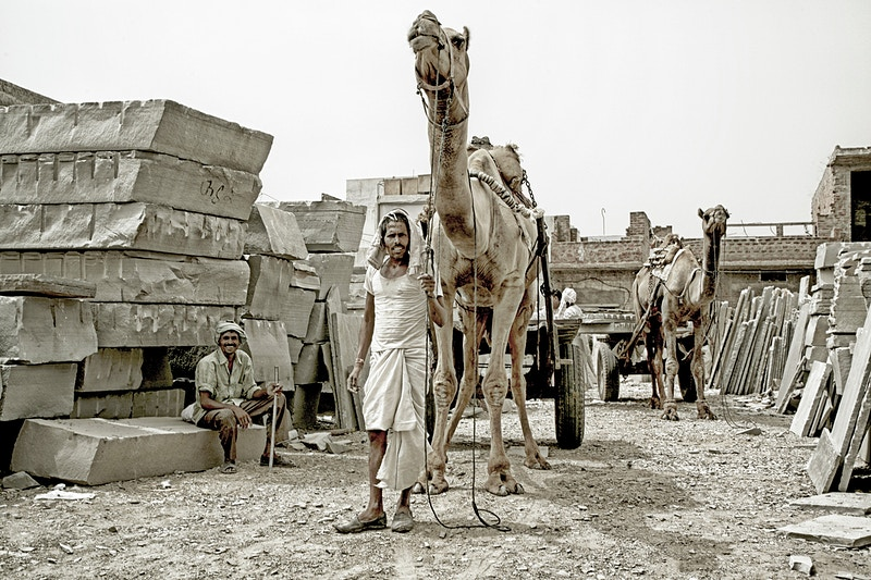 STONE MASONS YARD - JAIPUR RAJASTHAN - GRAHAM GUY BARRATT