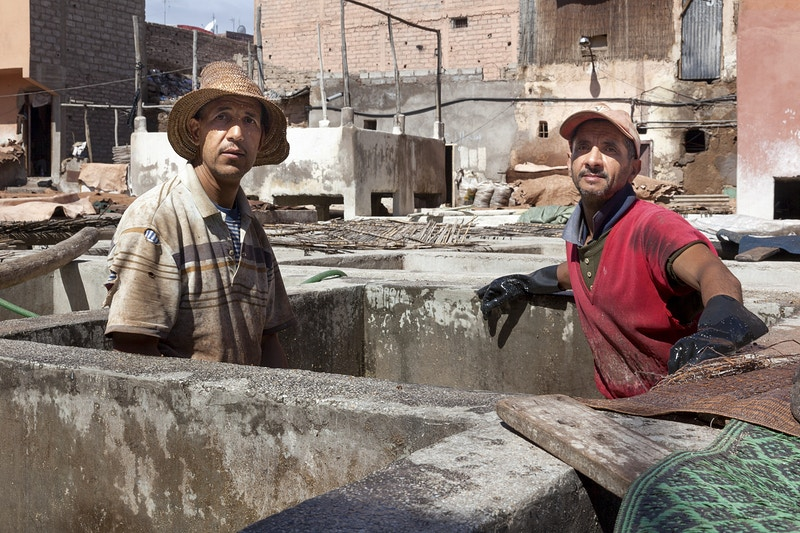 TANNARY WORKERS MARRAKECH - GRAHAM GUY BARRATT