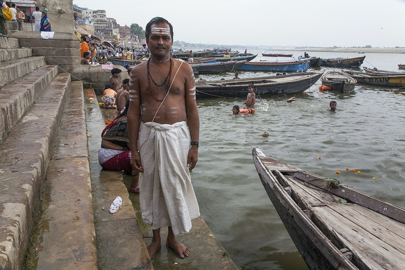 GANGES HOLYMAN - GRAHAM GUY BARRATT