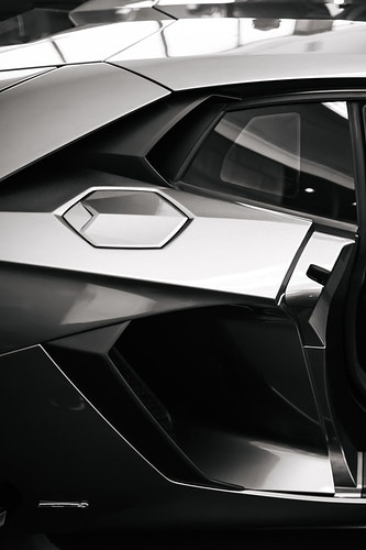 Lamborghini - Hailey Magoon Photography