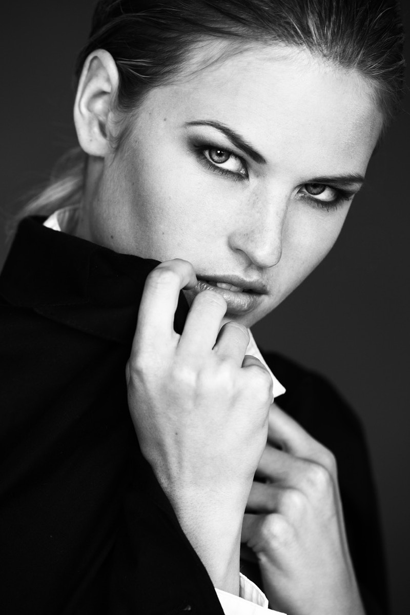 Black And White - Iza Maka Makeup