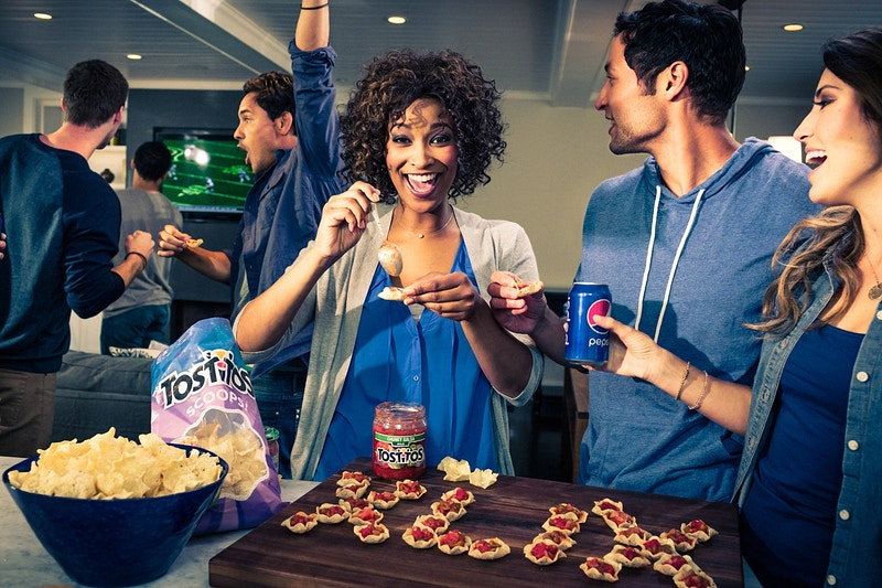 Nfl Pepsi Tostitos Bud Light - Jan Appleton - Prop Stylist