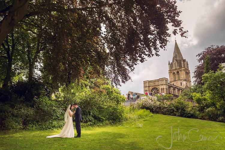 Bride & groom in college garden - JC Wedding Photography - Oxford wedding photographer